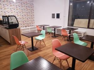 Detský kútik-sedenie stolíky stoličky (5)