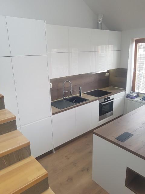 582756787f5d Vstavaná kuchyňa na mieru Košice