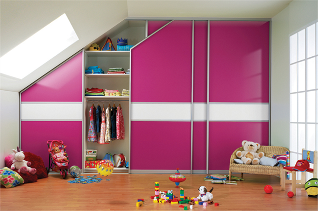 sloped_ceiling_storage_solutions_1024x1024
